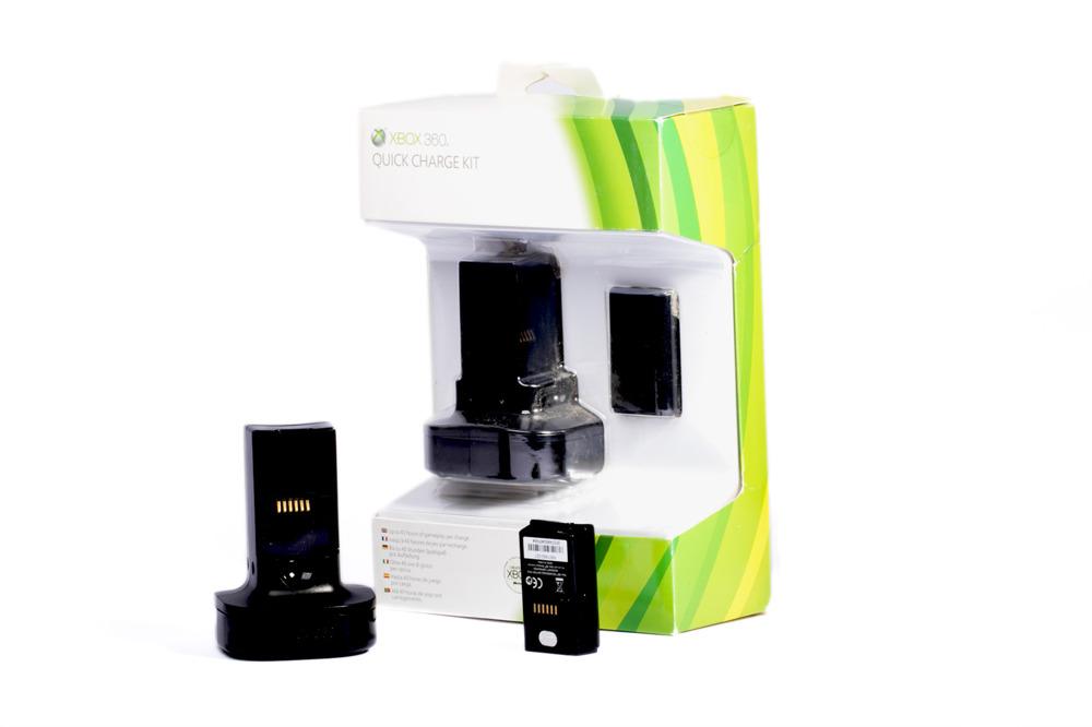 Ładowarka + akumulator Xbox 360 Quick Charge Kit